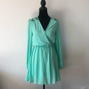 Gianni Bini Mint Green Bell Sleeve Dress